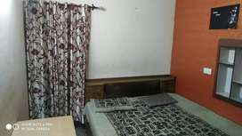 One room fully furnished attached washroom for girls n boy's