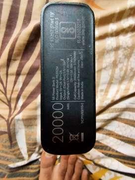 Mi powerbank new condition 20000mahh 18 watt fast charging