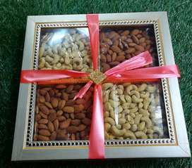 Dri Fruit Gift Paks