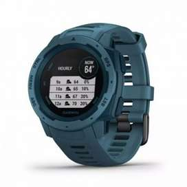 Garmin Instinct lakeside