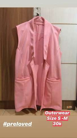 Preloved Outer Warna Pink