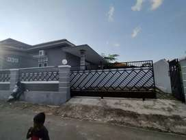 Dijual Cepat. Rumah Pribadi Di Tanjung Karang Pusat. Luas Tanah 1200m2