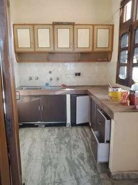 Two rooms set Available at Pakhowal road