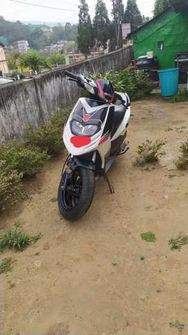 I want to sell  my scooty urgent (call seven double zero five 39224 o)