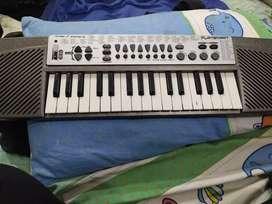 32 key Piano
