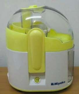 Juiser miyako kuning
