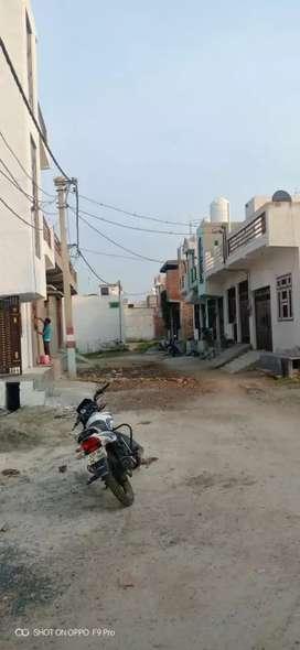 Plot hi plot loan ke sath to sale in tilpata noida extn