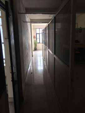 This is 1000 sqft semifurnishd office for rent in rajpur road