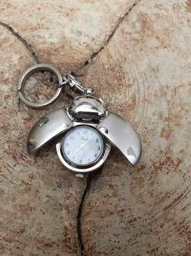 Gantungan Jam antik untuk Anak