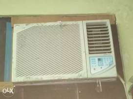 Window ac for sell 1ton