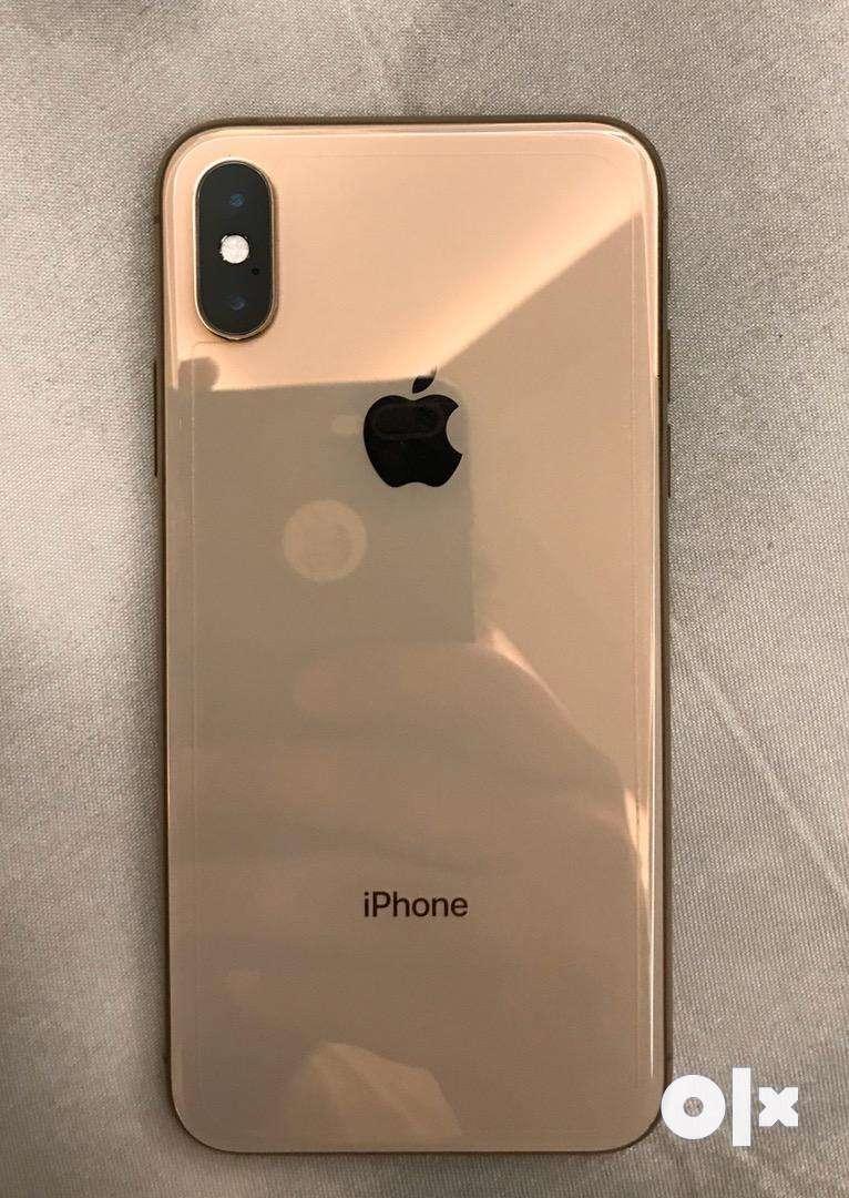 Iphone xs 256gb gold in warranty till feb 0