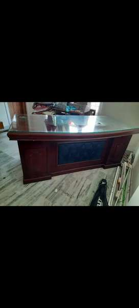Office table including glass