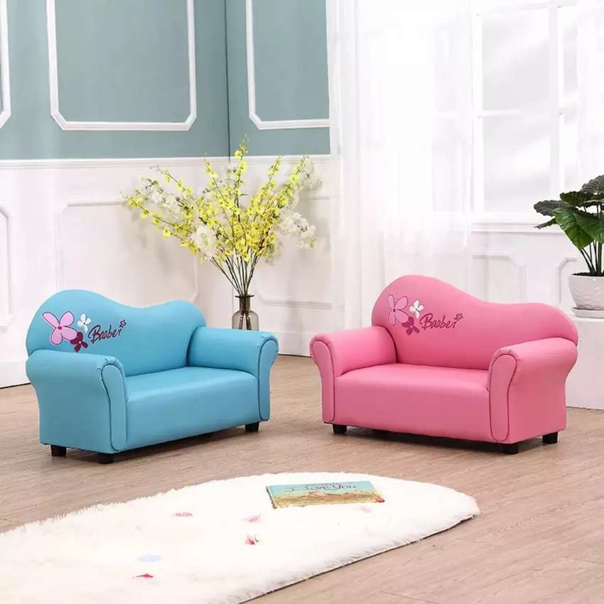 2 Seater Barbie Couch 0