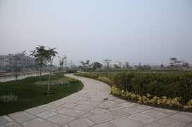 No Brokerage!! Ready Plot for Sale in Gaur Yamuna City, Noida