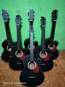 Onlye buy new guitar delr