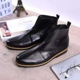 Sepatu boot simple kulit asli sepatu boot kerja pria pantofel Luvy