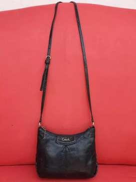 Tas import eks COACH sling kecil kulit asli hitam