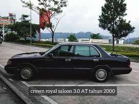 crown royal saloon taun 2000