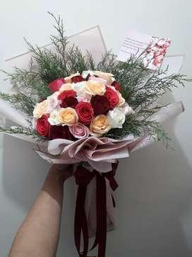 Buket Bunga Mawar Multycolour