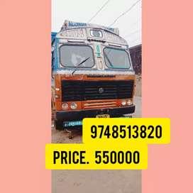 10 wheeler Ashok Leyland