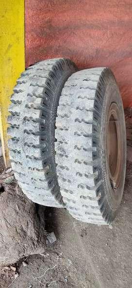 Bolero pickup tyres 7-50-16