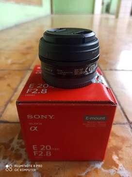 Lensa Fix Sony 20mm F2.8 Pancake