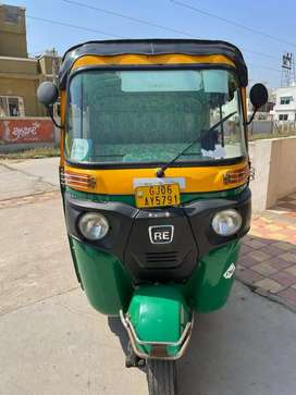 4 stroke cng re compact aut rickshaw, seat capacity-4