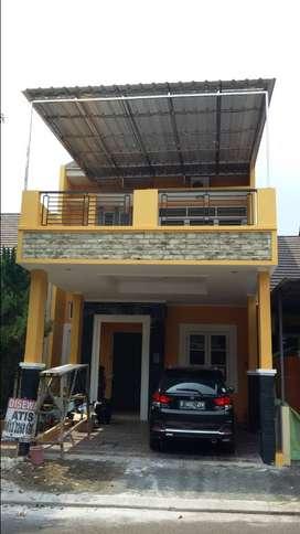 Disewakan rumah 2 lantai KOTAWISATA (DEKAT RADIO RODJA) CILEUNGSI