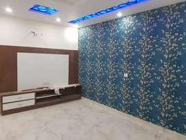 Semi furnished floor 3 bhk in Uttam nagar west