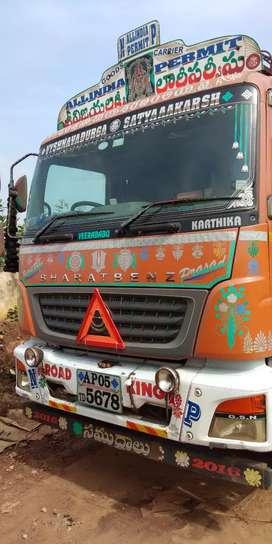 Bharath benz(14 tyre)