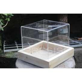Kotak Hantaran/Seserahan Akrilik 15 x 15 x 15cm ( Kotak + Baki )