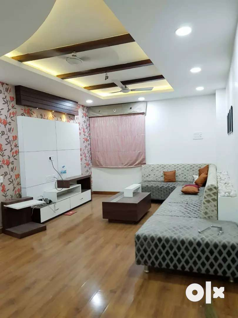 Ultra luxurious 2bhk flat for resale and Rental basis 18k plz call 0
