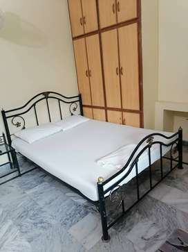ROOM RENT IN ISLAMABD .Family rooms available