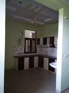 3 bhk flat for rent for family at patrakar colony mansarovar...