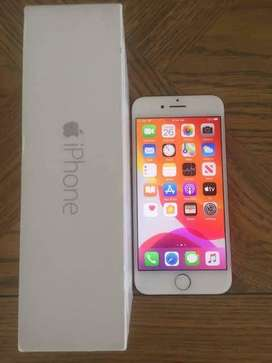 Refurbished iphone 7 available in good price*
