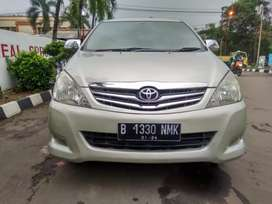 Toyota kijang innova V 2.0 AT 2010 matic