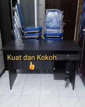Meja kerja kokoh,Meja kantor 120x60 bs buat meja belajar dewasa