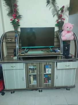 Tv unit showcase