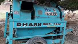 Dharm Thresher Machine