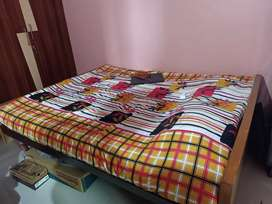 Queen size bed for sale