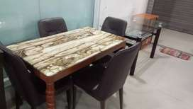 New marble dining table
