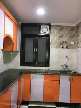 2bhk builder flat for rent in govindpuri main