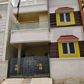 PORUR 2 BHK FLAT FOR SALE WITH CP & LIFT
