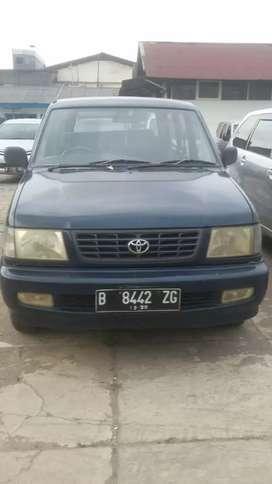 Toyota kijang LSX Efi 1.8 th 2000