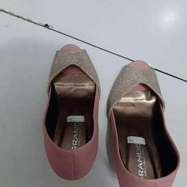 Sepatu cewek sepatu wanita wedges heels sepatu sport sepatu tahun baru