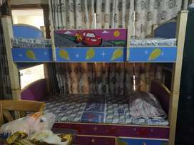 Bunk bed with mattress