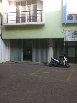 Disewakan Ruko 2 Lantai di Andalusia Square, Jl RA Kartini, Gresik, LT