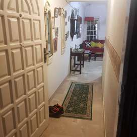 Room as a paying guest at shara e faisal near airport(only for women)