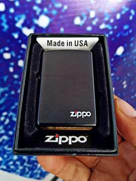 Korek api Zippo minyak black doff bahan kuningan