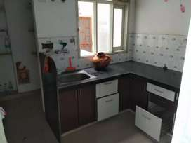 2 bhk flat for rent near fatehpura